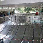 Zwembad zonder water