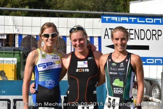 Top-3 bij de dames in Mechelen (foto: Johan Tack)