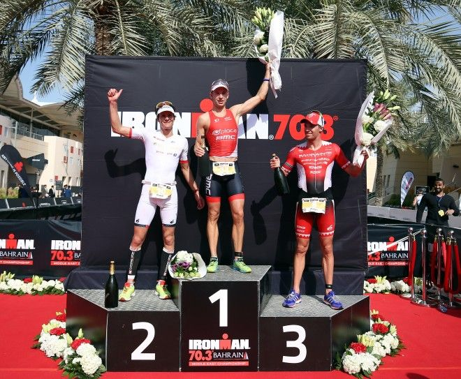 Bart Aernouts op het podium in Bahrein  (Photo by Nigel Roddis/Getty Images for Ironman)