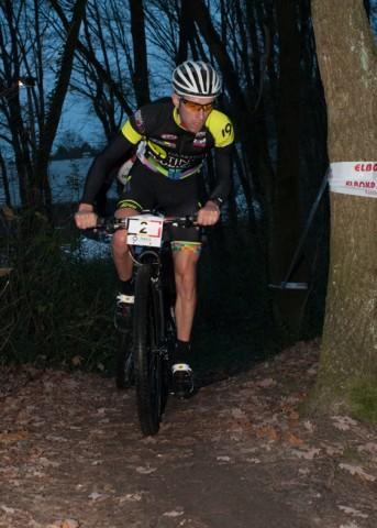 Rik Thijs op kop (foto: Mario Vanacker)