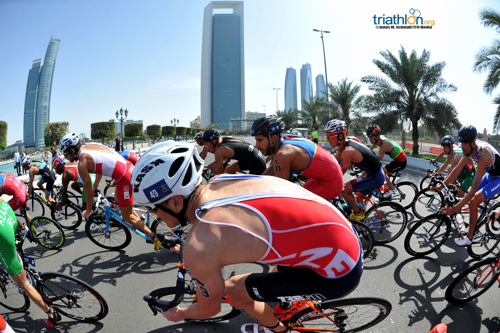 Abu Dhabi 2016 1 Janos M Schmidt