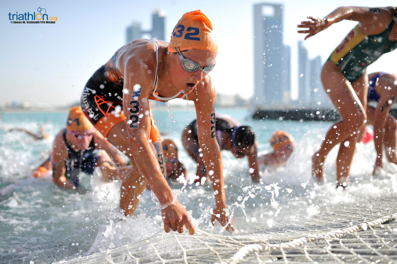 Maaike Caelers Abu Dhabi 2016 swim exit Janos M Schmidt