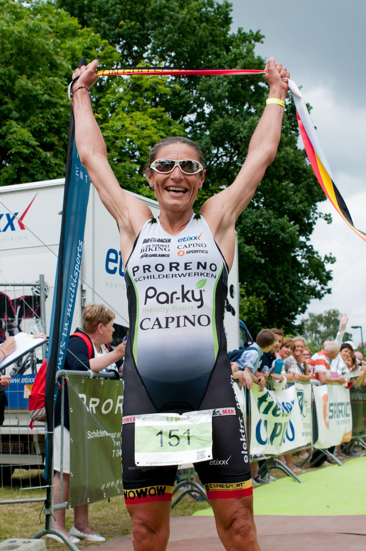 Ilse Geldhof verdiend kampioen (foto: Mario Vanacker)