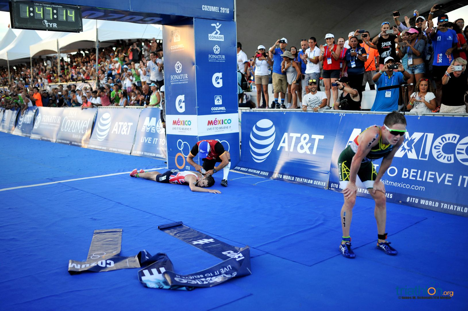 johnny-brownlee-flat-out-cozumel