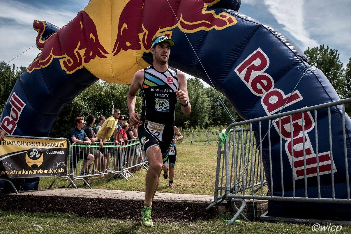 Frederik Van Dijck in de Triatlon Van Vlaanderen (foto: Wim Cottyn)