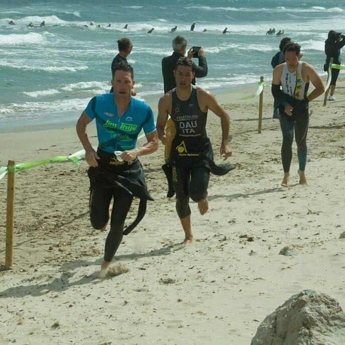 Jim Thijs swim exit kamp Sardinie cross tri