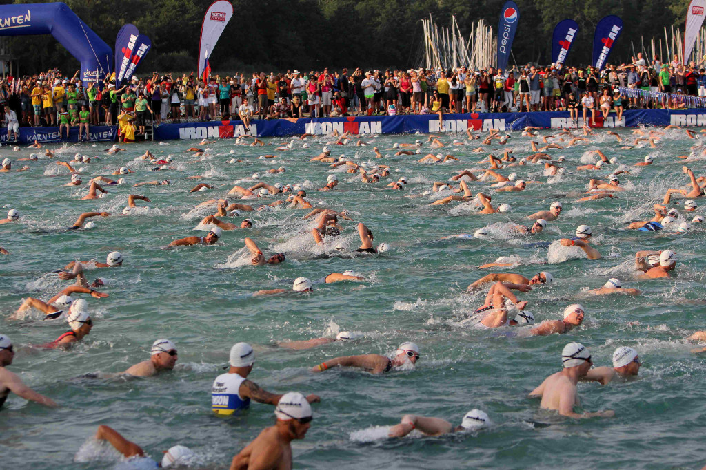 Swim_Start_at_Ironman_Austria_2012