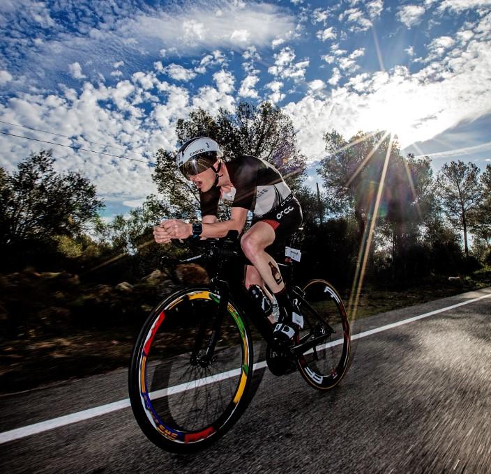 Seppe Oden op de fiets in de aanval (foto: Ingo Kutsche)