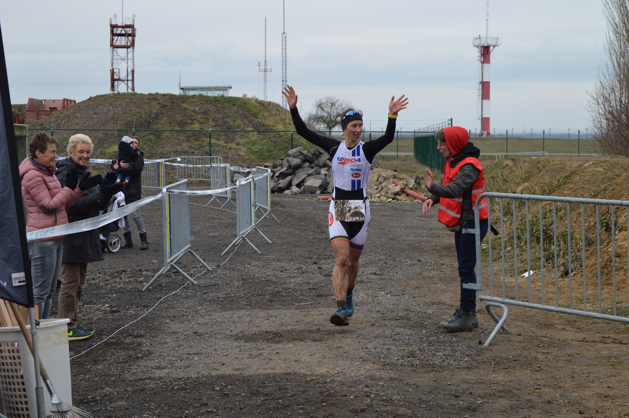 Inge Roelandt wint de BAIK X-duathlon 2018 (foto: 3athlon.be/Hans Cleemput)