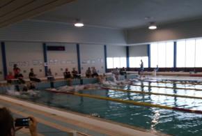 Arno Lambrecht pakt 1ste zwemloop winst