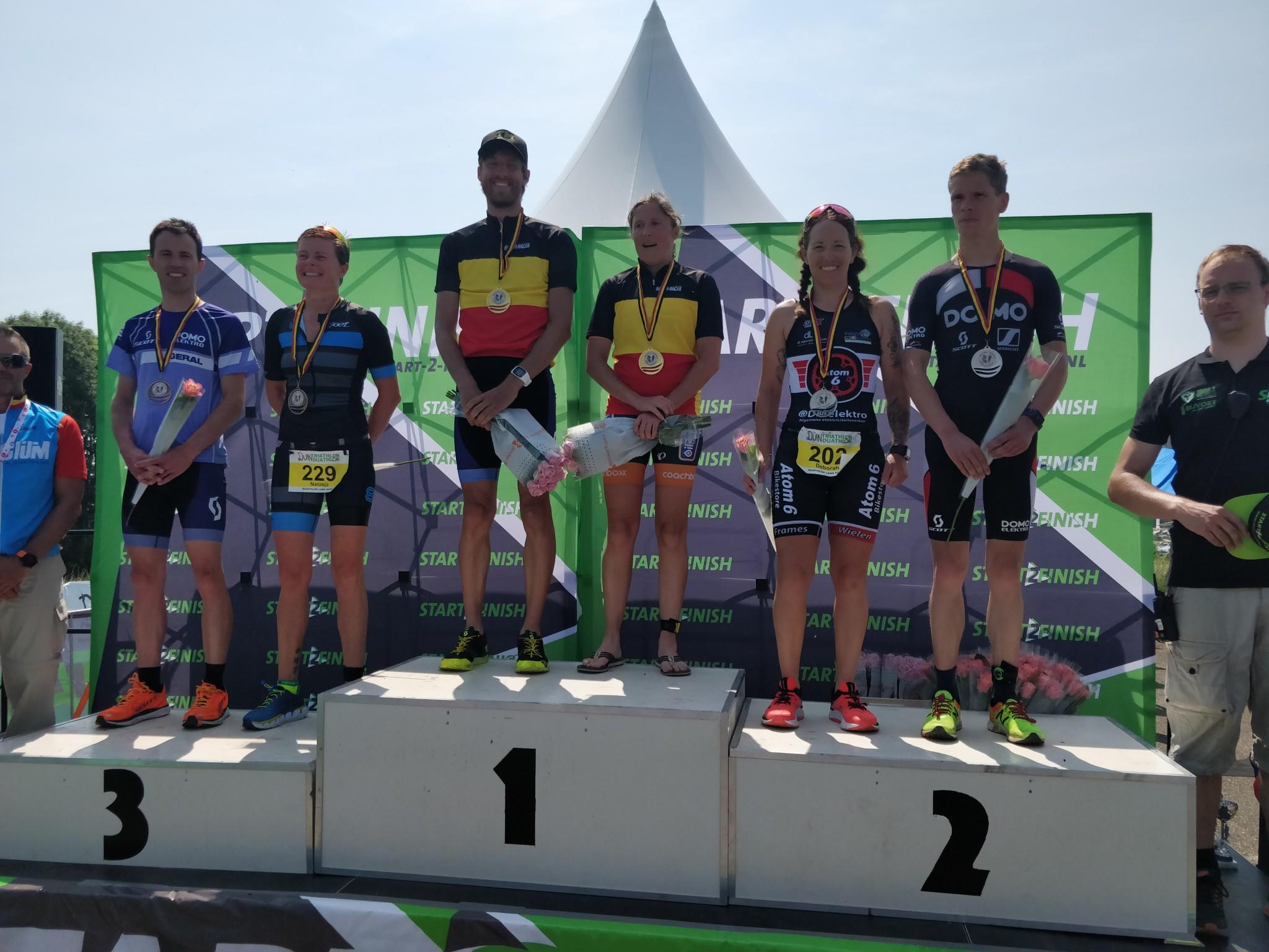 Het BK podium in Almere-Duin (foto: 3athlon.be/Hans Cleemput)