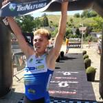 Neal Van Vaerenbergh wint in Kanne (foto: 3athlon.be/Hans Cleemput