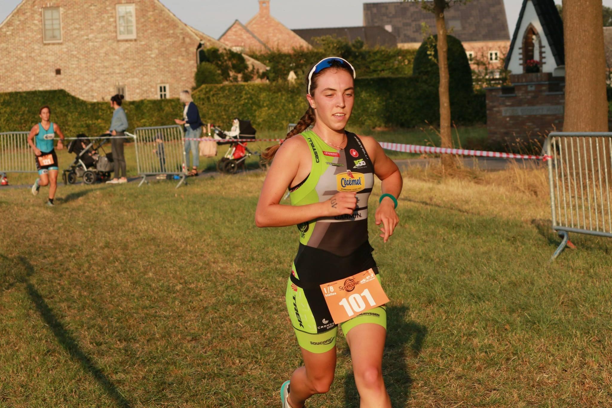 Shirin Van Anrooy wint de Sterke Peer (foto: Chris Hofkens)
