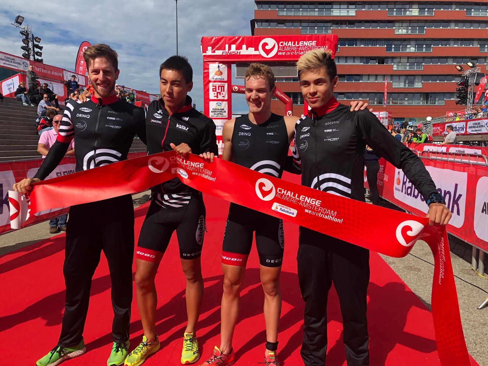 Tim Van Hemel, Finn Timmermans, Jonathan Wayaffe en Neal Van Vaerenbergh (foto: 3athlon.nl)