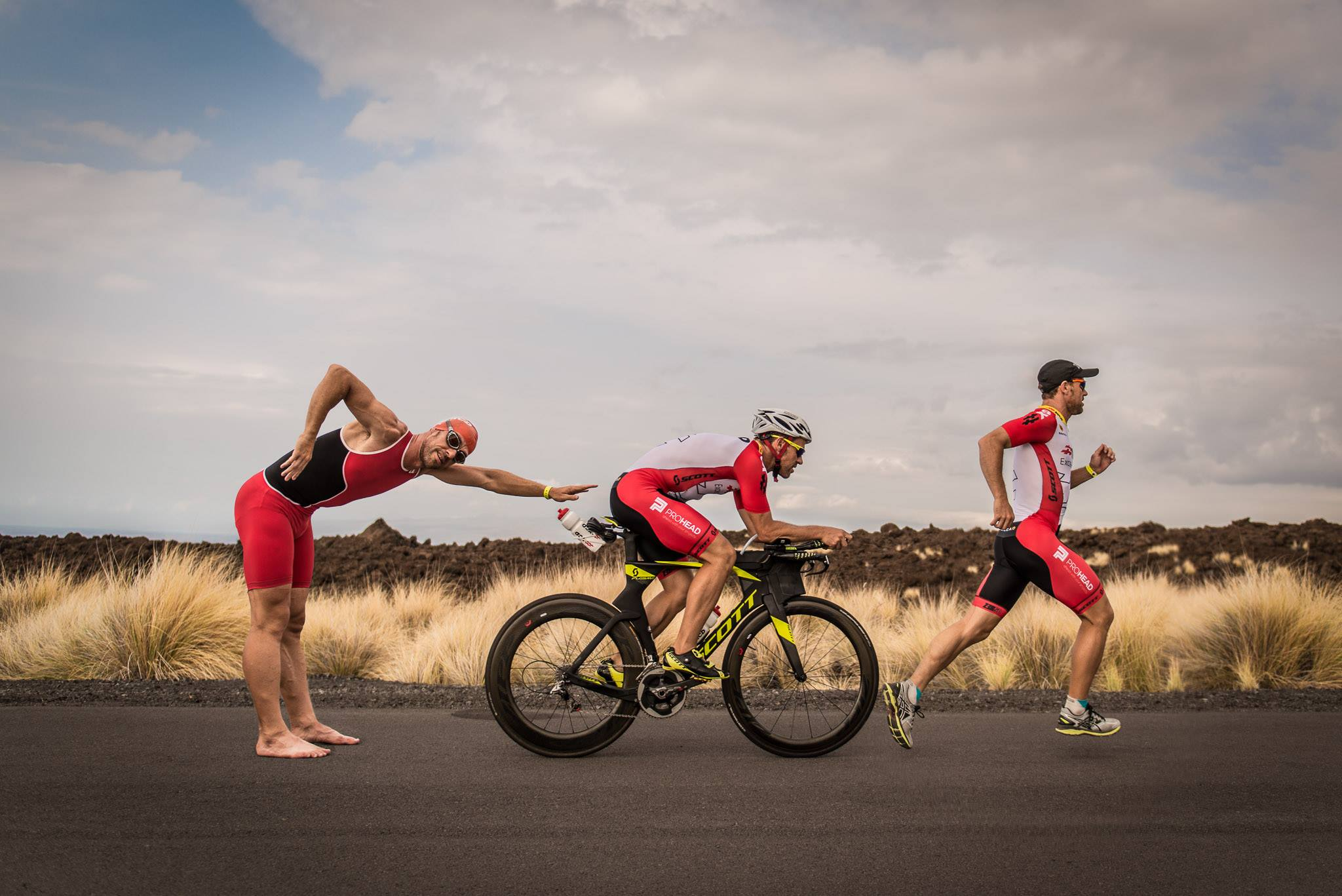 Swim, bike en run in Hawaii met Olivier Cardoen in 2016 (foto: Jim De Sitter)