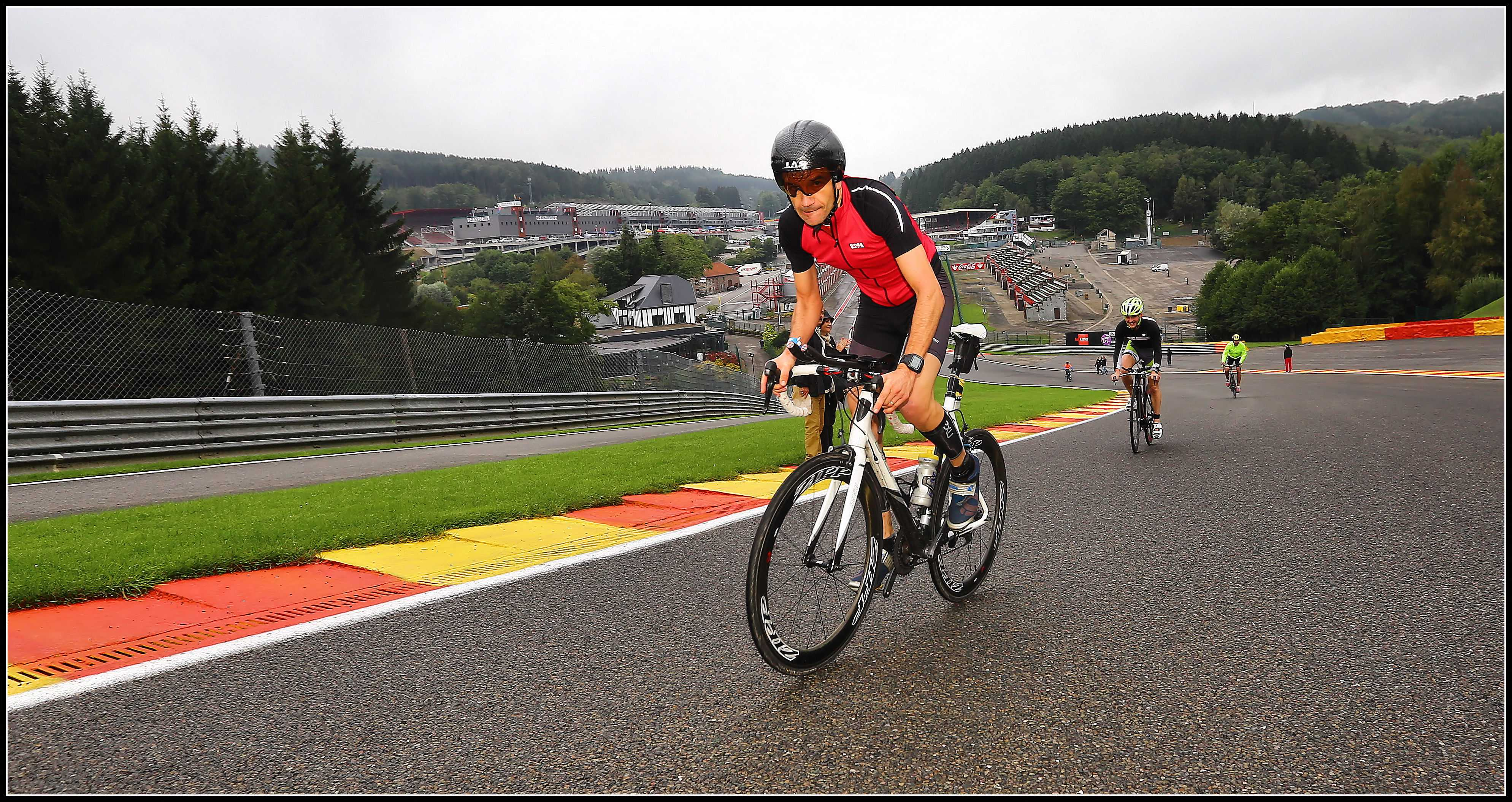 Hugo Van Hamme: 424,25 km goud