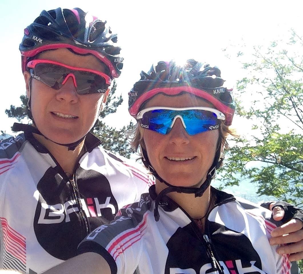 Triatlete op podium Tour Transalp
