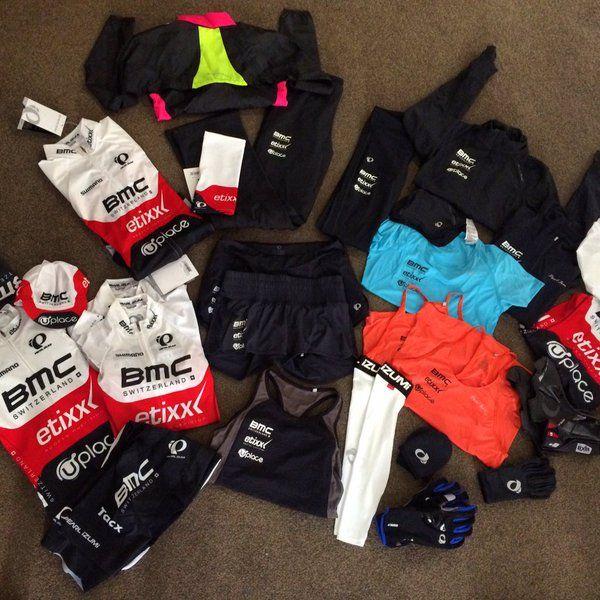 BMC-Etixx in nieuwe kleuren op teamstage