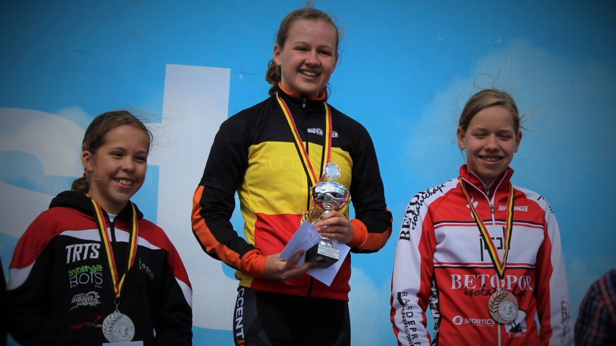 Internationals pakken titels in Ruddervoorde