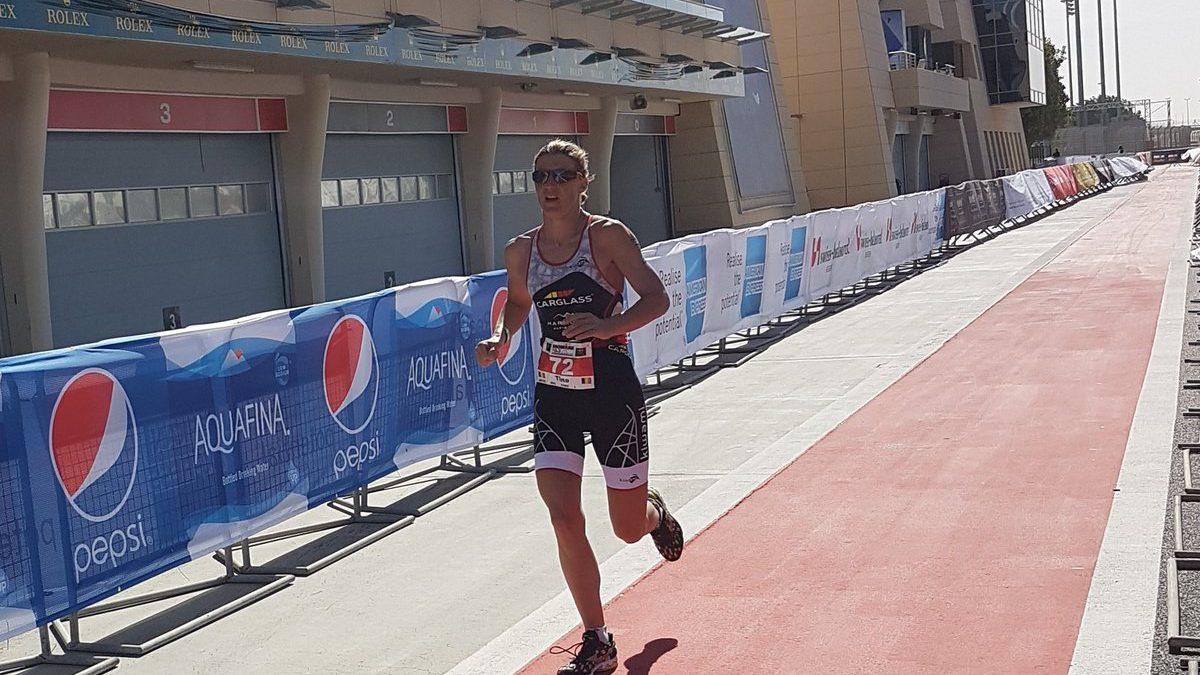 Deckers op zucht van podium in 70.3 Ironman Bahrain