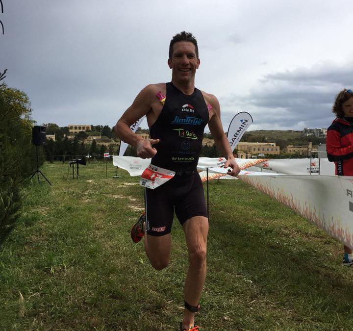 Thijs en Lauryssen net buiten top-10 in Xterra Malta