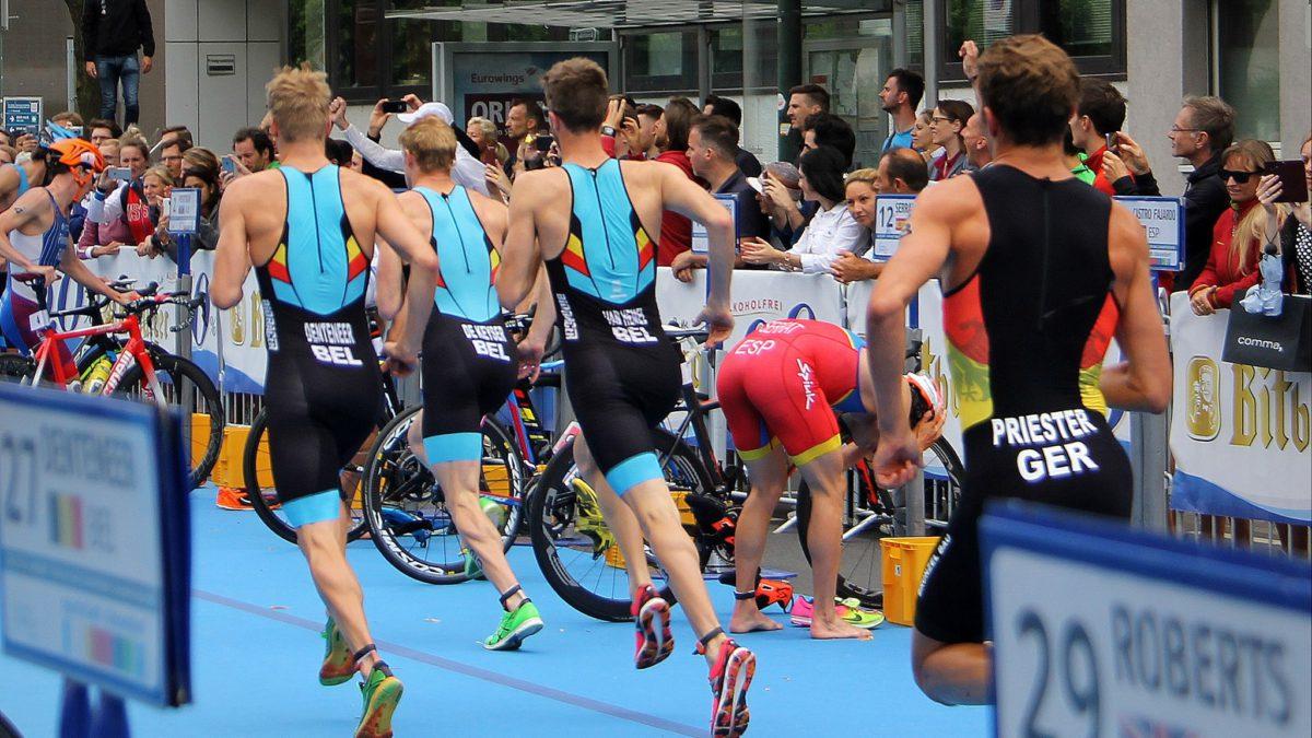 Twee Belgen in top-15 EK sprinttriatlon