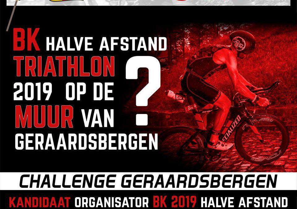 Titelstrijd halve triatlon volgend jaar op De Muur?