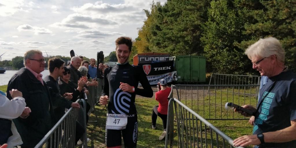 Tim Van Hemel klopt wereldkampioen quadratlon in jubileumeditie Mokkatlon