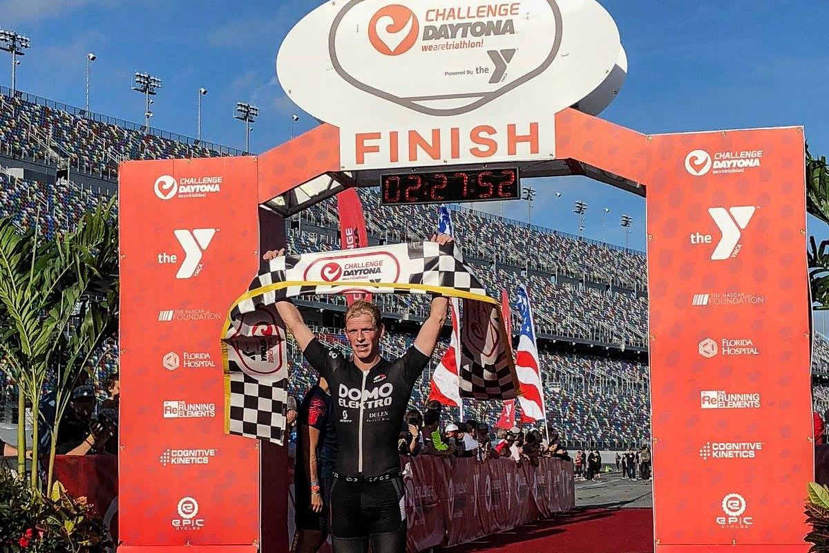 Pieter Heemeryck klopt hardrijders in Daytona