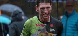 Geert Lauryssen wint modderige cross duatlon Wuustwezel
