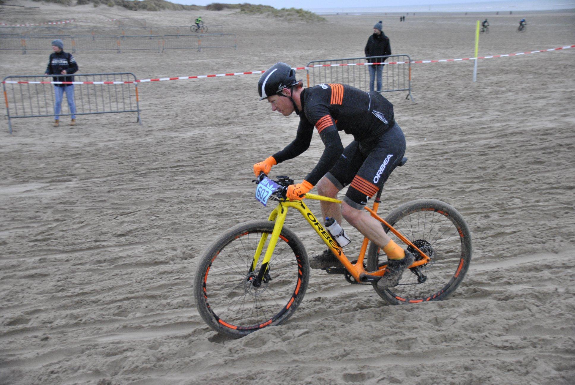 Seppe Odeyn is King of the Beach in Oostduinkerke